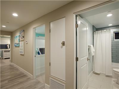 2nd level - 2 bedrooms and bathroom