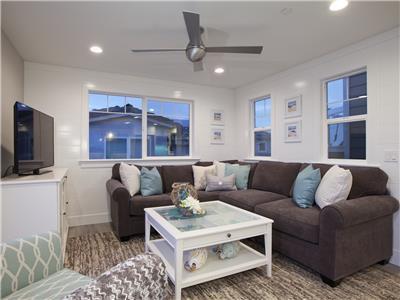 Upper: Living area
