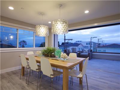 Upper: Living area opens up to balcony through poc
