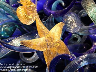 More of Chihuly, just six blocks away.