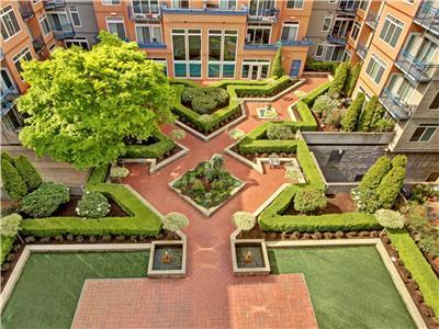 BTC Common Areas Pro Courtyard, Overhead