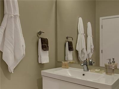 Split bathroom is convenient.