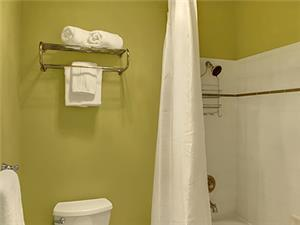 Full modern bathroom.