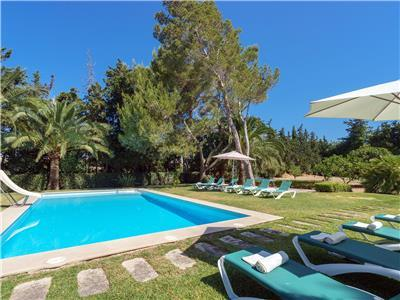 Holiday villa with golf nearby in Mallorca