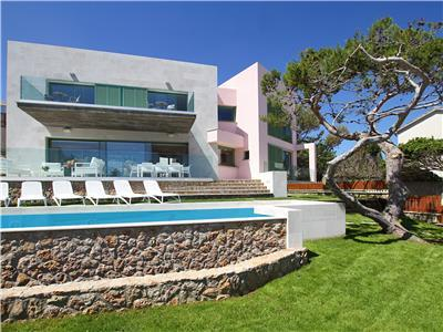 Villa for rent in Spain