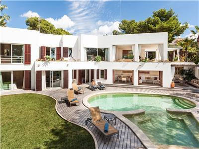 Holiday villa in Santanyi