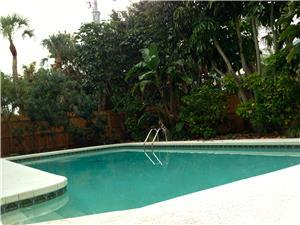 Monthly Pool Home in Clearwater Beach