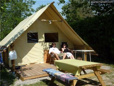 Luxury Tents in L'Isle-sur-la-Sorgue