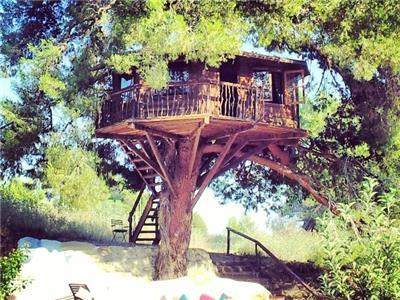 Tree House in Amaliada