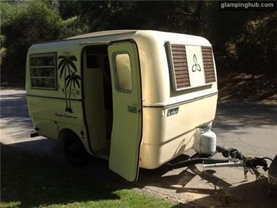 Caravan in Los Angeles
