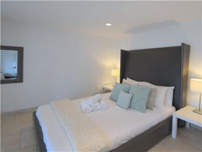 Bedroom V