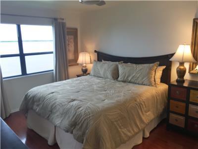 Master Bedroom - King Bed