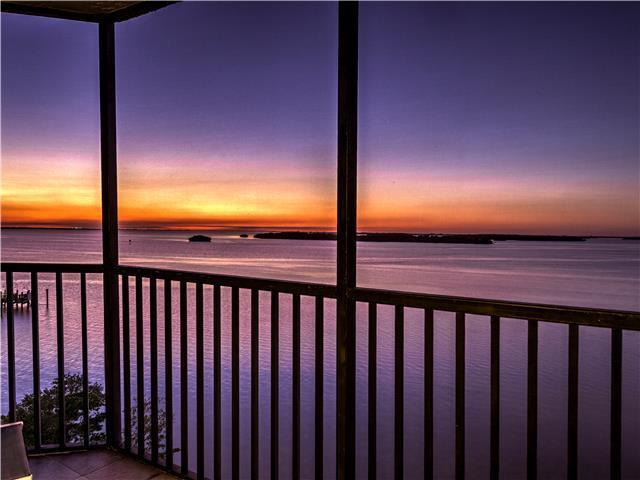 Lanai at Sunset