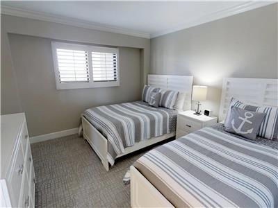 Guest Bedroom - Full/Twin