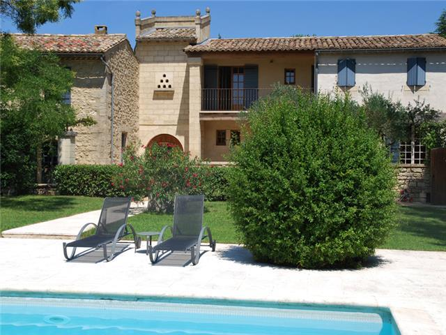 Splendidly Restored Mas in Uzès with Private Pool, Tennis Court, Sleeps 15