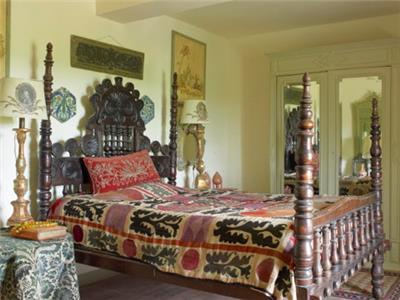Grand Maison; 4 poster Bedroom