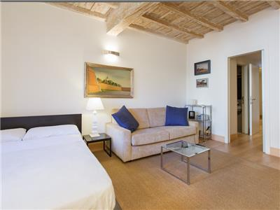 Apartment in Rome, Historic Center