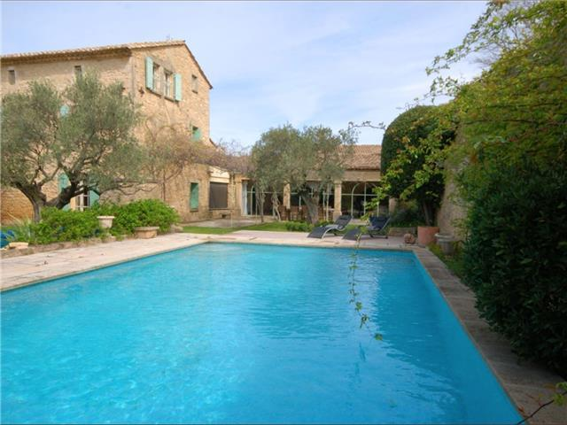 Lovely Open Plan Restored Village House Near Uzès, Sleeps 9