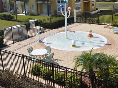 LB kids pool