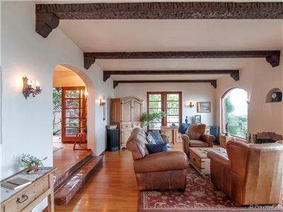 Huge view living room