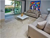 Beach Apartment in San Agustin