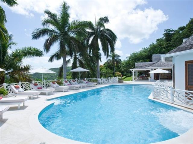 PARADISE TOV - 84516 - MOST CHARMING | 5 BED VILLA | WITH POOL | MONTEGO BAY