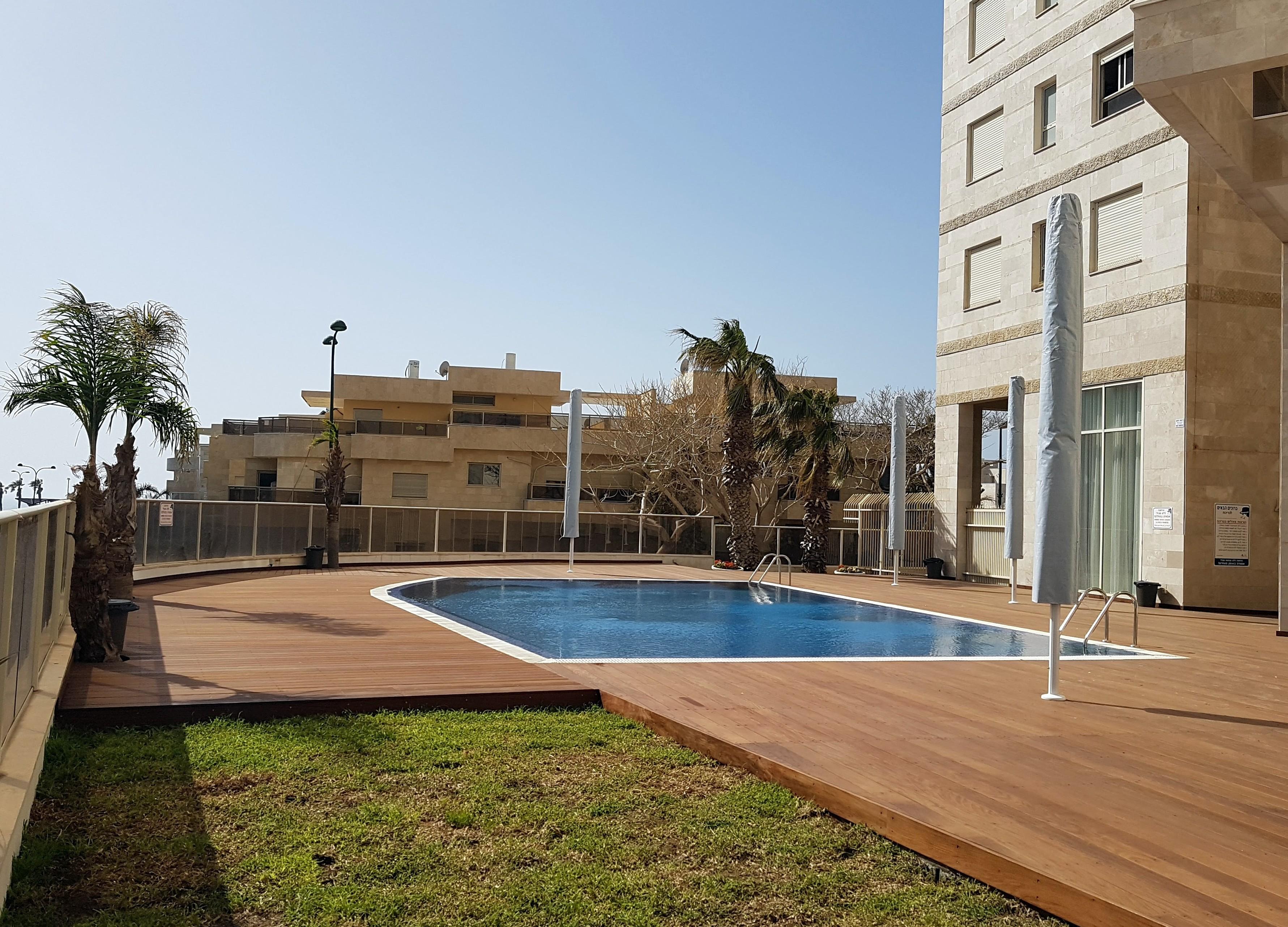 Royal Residence - 2 Bedroom Apartment with Pool, South Beach Netanya ...