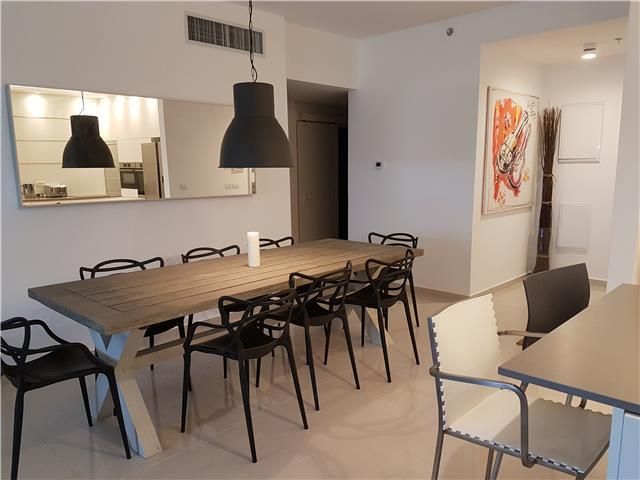 Beautiful Modern Ir Yamim Apartment - AL03
