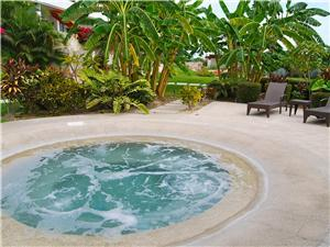 Spend your evening relaxing in one of the Jacuzzis