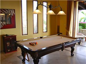 Villa Andaluza has a pool table