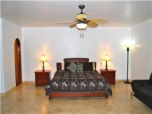The second casita has a King size bed