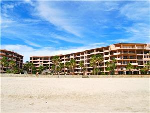 El Zalate sits right on the beach of Costa Azul