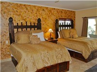 Guest Bedroom has 2 Queen size beds
