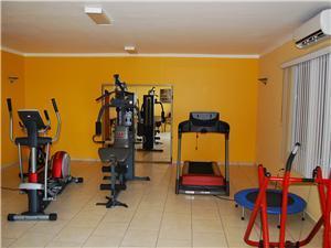 Las Olas has a work out room