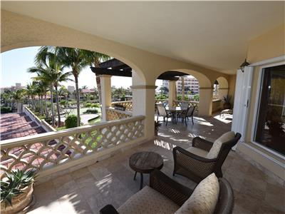 Las Mananitas 4201 oversized furnished terrace