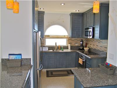 Fully remodeled kitchen with all new aplliances