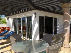 The King Suite bedroom terrace