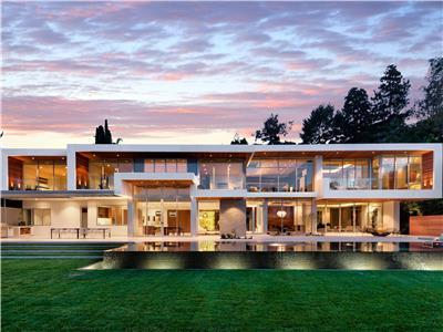 Villa in Beverly Hills
