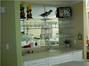 Wet Bar right off the Living Room