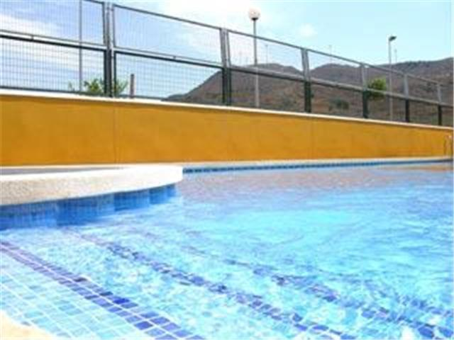 Communal pool, Ribera Golf