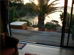 Beach House in Waitete Bay