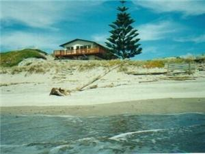 Beach House in Pukehina