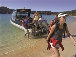 water taxi disembarking abel tasman national park