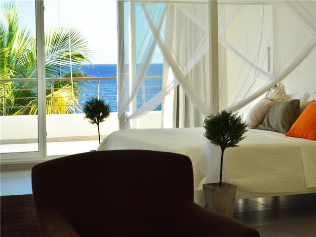Penthouse Beach Front Four Bedroom For Rent and Sale