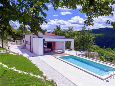 Montecolori - brand new design villa with pool in middle of nature