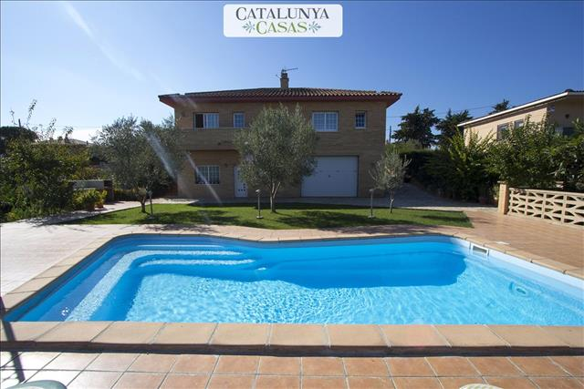 Amazing villa in Sils for 11 guests in the center of Costa Brava