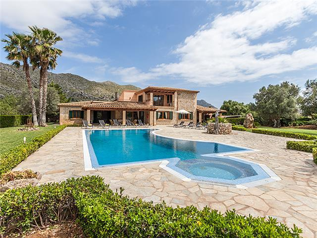Villa Oliva For 10 Guests, Just 3km To The Beaches Of Cala St. Vicente
