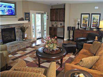 Georgeous 4BR/4BTH Private Villa-Pool,Tennis-Handicap Accessible-112