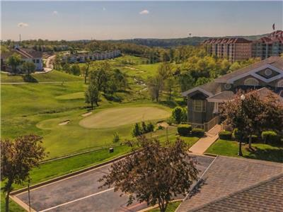 Branson Condo Rental | Thousand Hills | Golf views | Elevator | Close to 76 (071405)