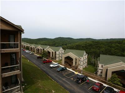 Branson Vacation Rental | Eagles Nest | Indian Point | Silver Dollar City | Penthouse (321605)